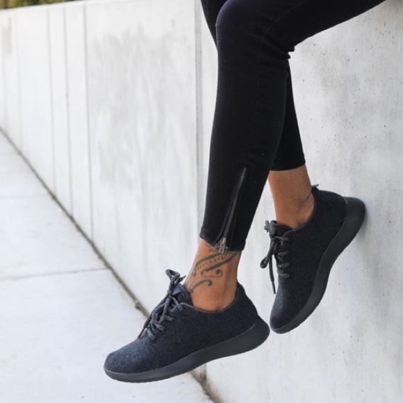 Allbirds Womens Black Wool Runners Sz 9